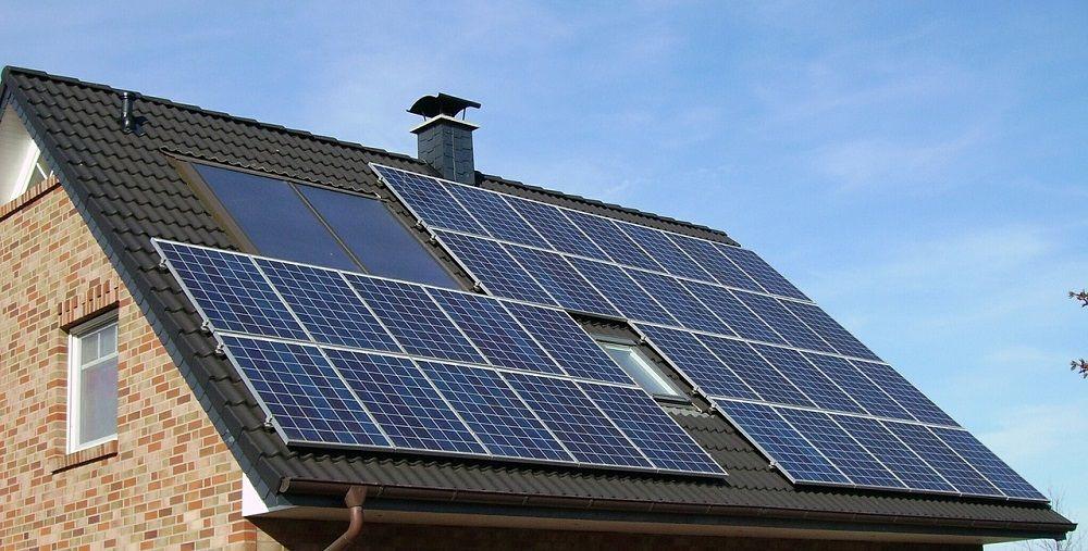 Kako se solarni paneli spajaju na vašu kuću